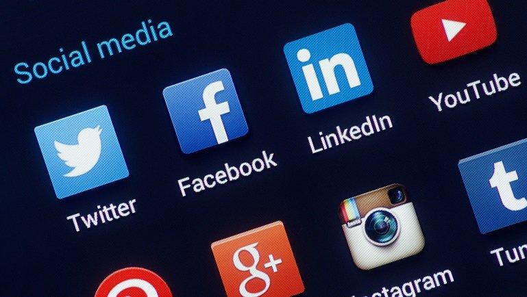 Facebook Yapay Zeka İle Dil Engelini Yıkmayı Planlıyor
