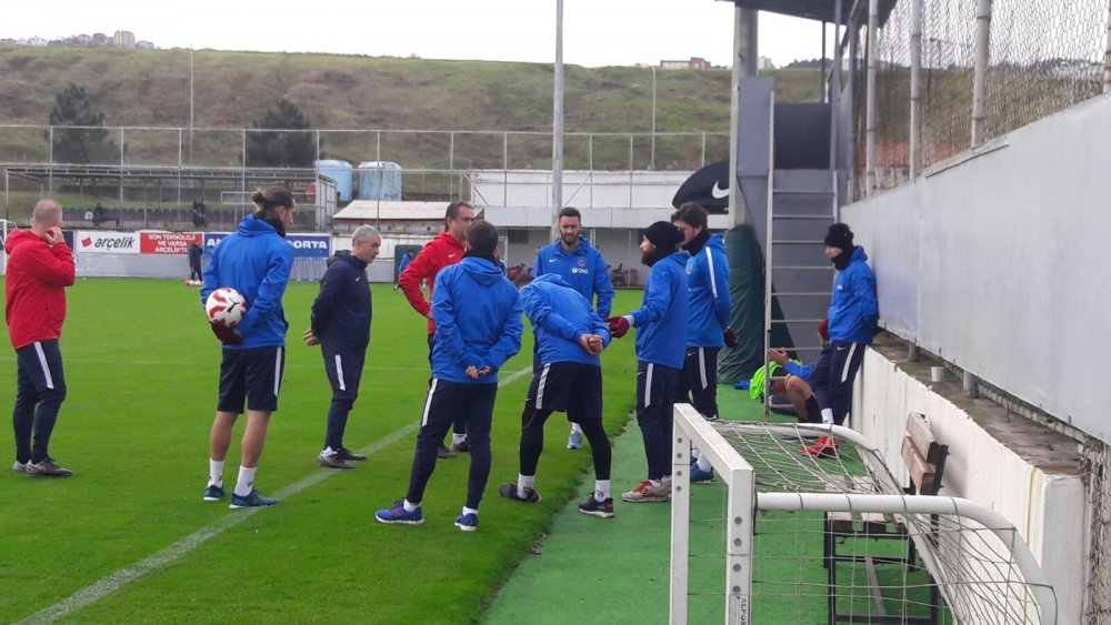 Trabzonspor Kupa maçı hazırlıklarına ara vermeden başladı