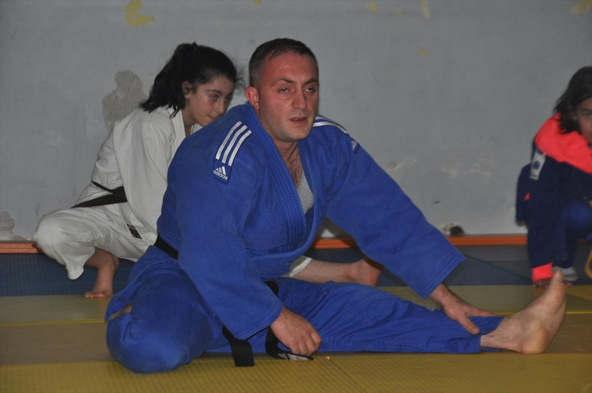 Görme engelli judocunun hedefi Avrupa'da başarı