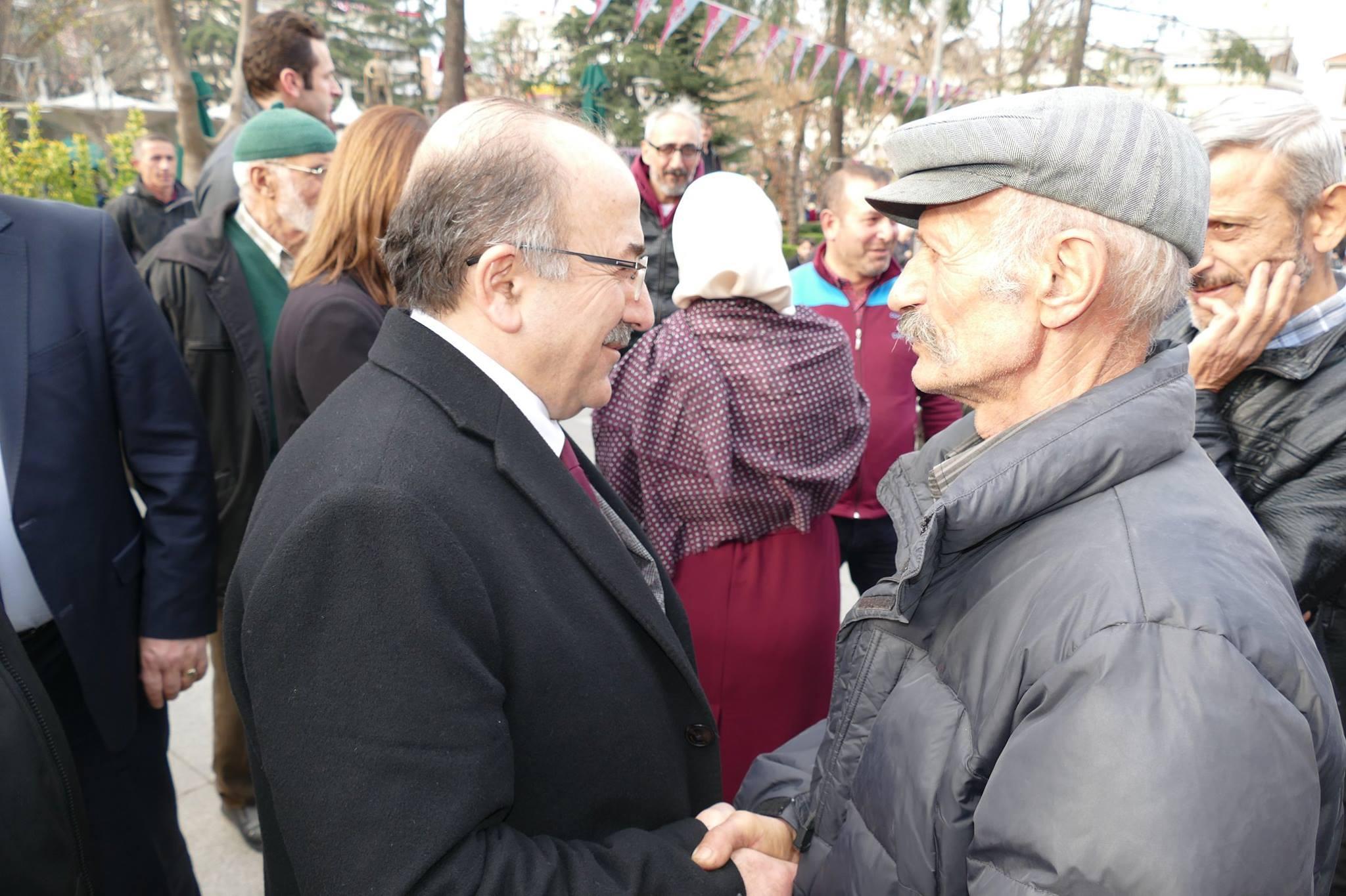 Arsinliler Başkan Gümrükçüoğlu'ndan Asfalt İstedi