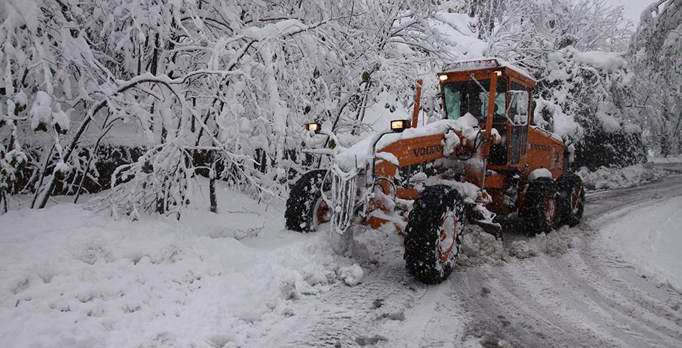 Trabzon'da 45 mahalle yolu ulaşıma kapandı