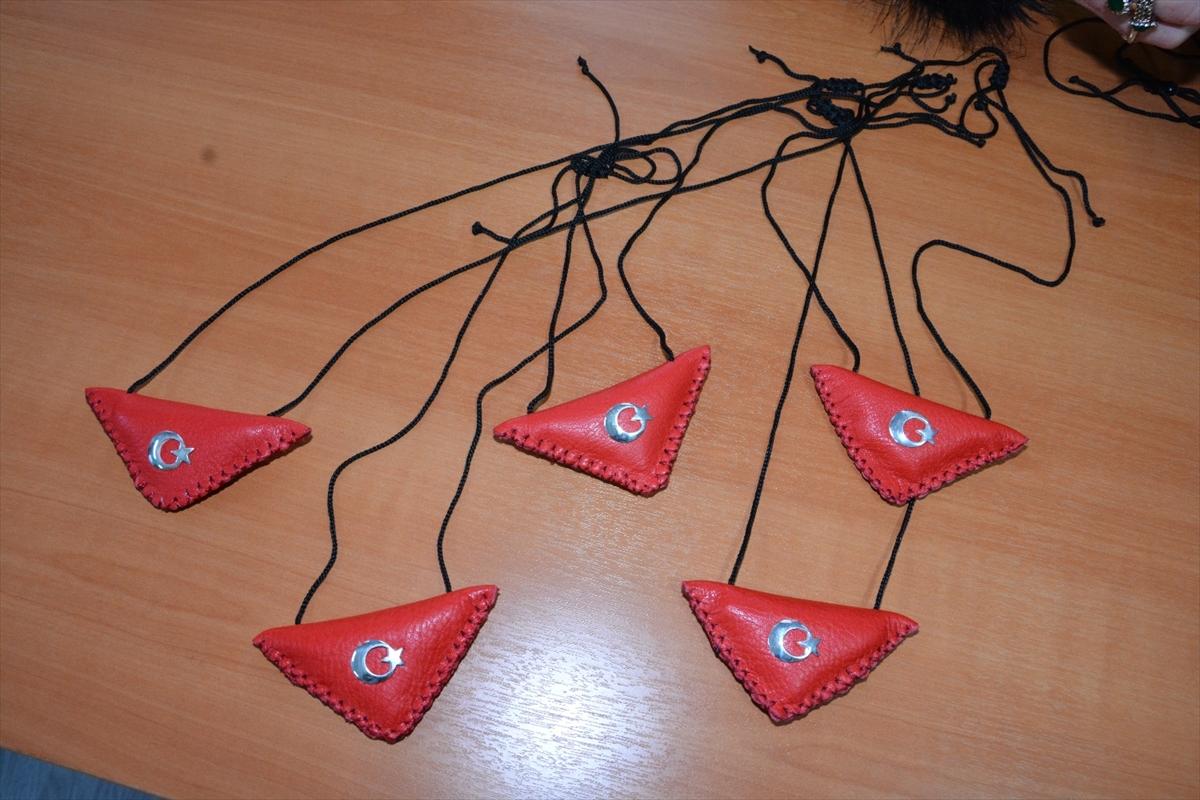 Öğrencilerden Mehmetçik'e anlamlı hediye