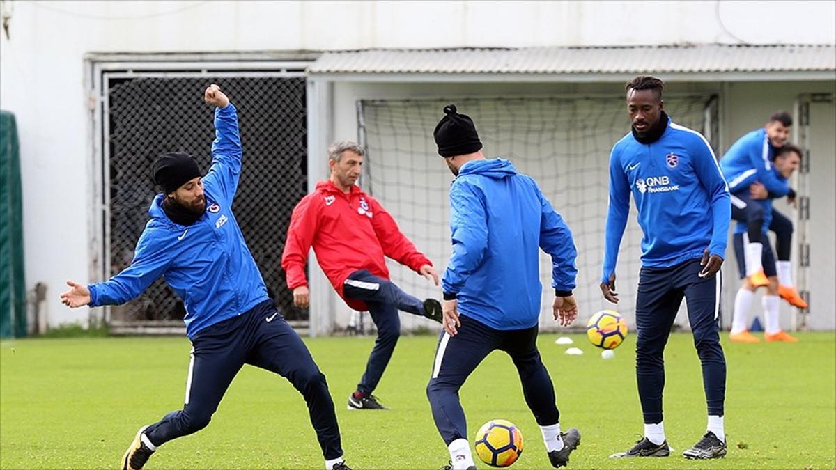 Trabzonspor Aytemiz Alanyaspor'a konuk olacak