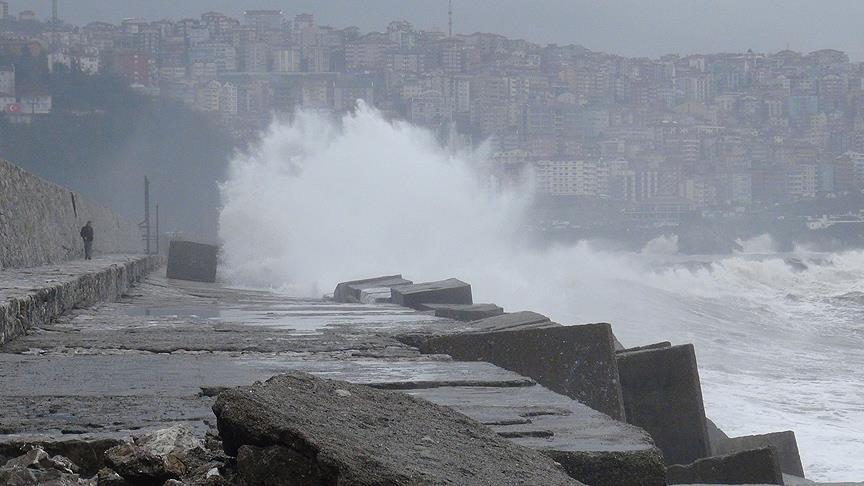 Trabzon'da kuvvetli rüzgar uyarısı