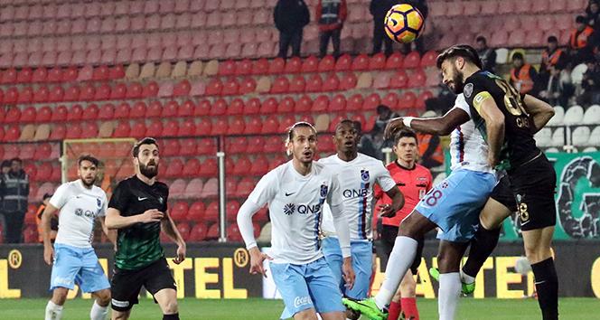 """Akhisarspor, Trabzonspor'a """"ters"""" geliyor"""