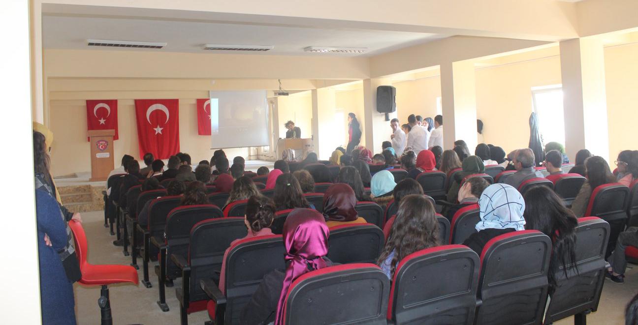 Arsin'de İstiklal Marşının Kabulünün 97. Yıl dönümü kutlandı