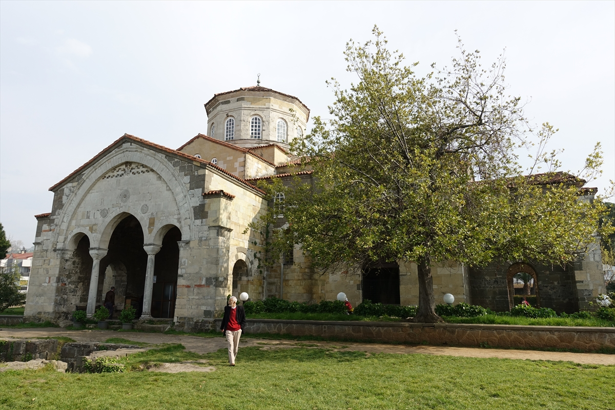 Ayasofya Camisi'nin tekrar müzeye dönüştürüleceği iddiaları