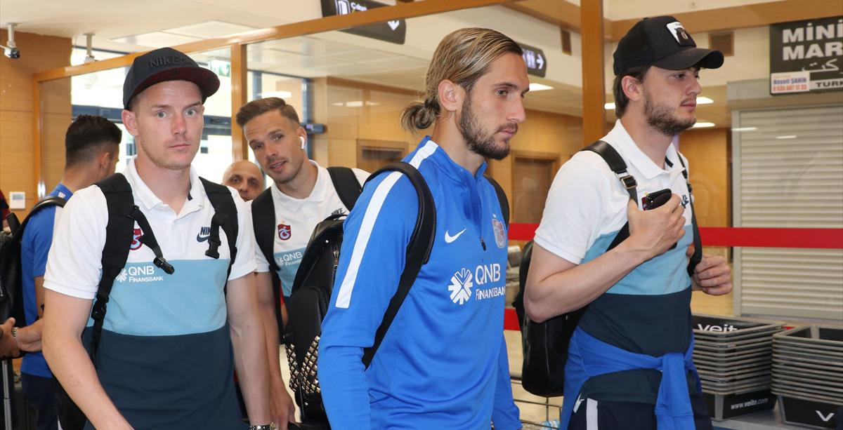 Trabzonspor kafilesi Antalya'ya gitti