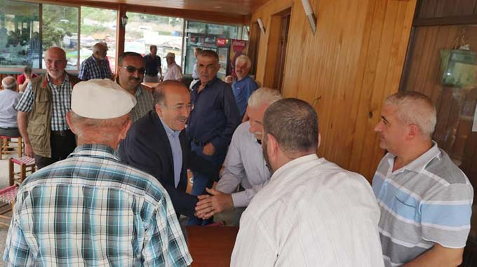 Başkan Gümrükçüoğlu, Değirmendere Mahallesi'ni ziyaret etti