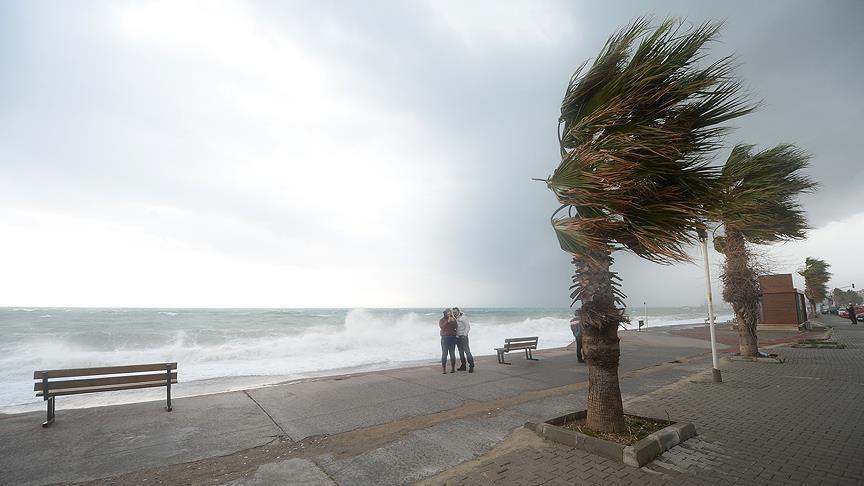 Karadeniz'de fırtına bekleniyor