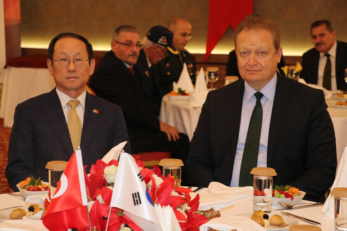 Kore Ankara Büyükelçisi Choi Trabzon'da teşekkür etti
