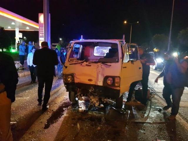 Arsin'de feci kaza: 5 yaralı!