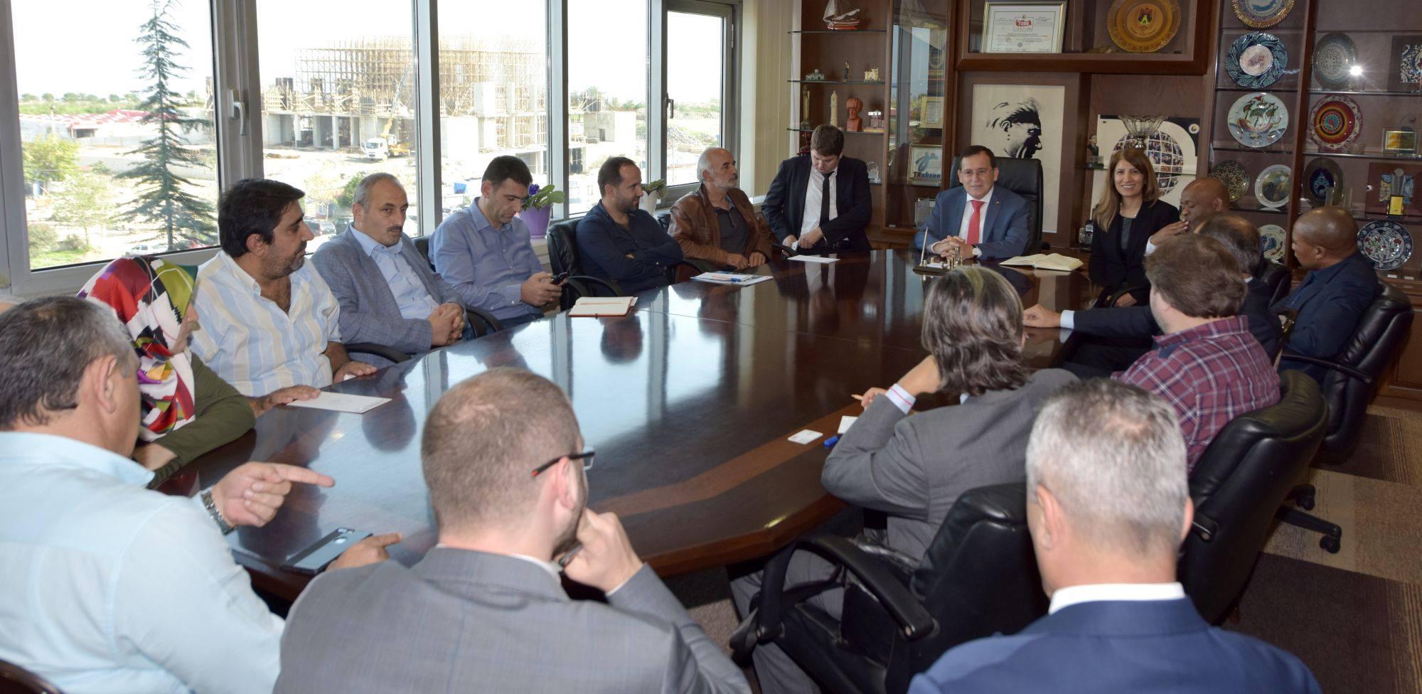 Güney Afrika'daki iş fırsatları Trabzon'da işadamlarına anlatıldı