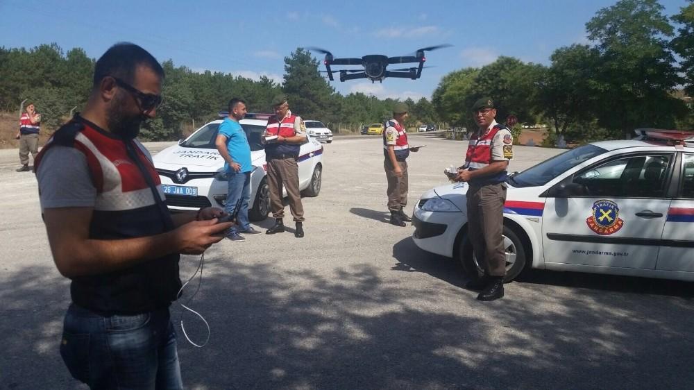 Trabzon'da trafik denetimlerinde drone dönemi başladı