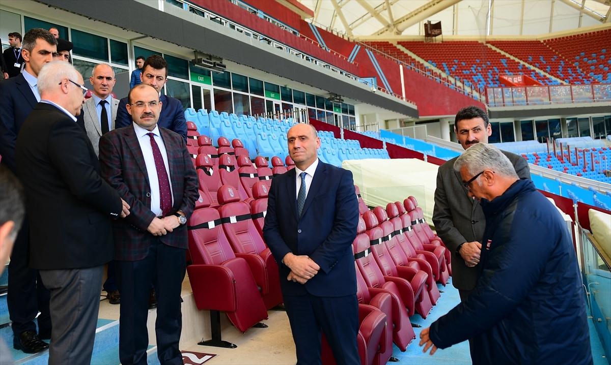 Vali Ustaoğlu, Şenol Güneş Spor Kompleksi'ni inceledi