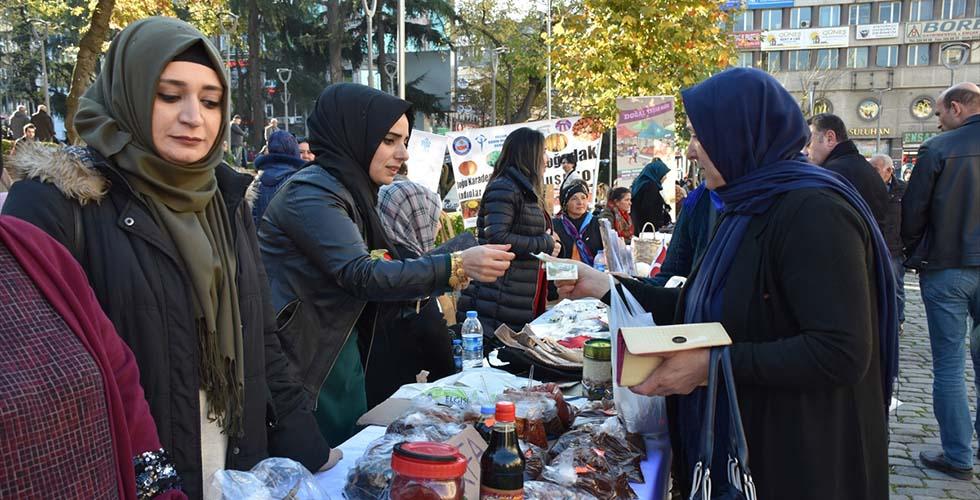 Güneydoğulu kadınlar Trabzon'da pazar açtı