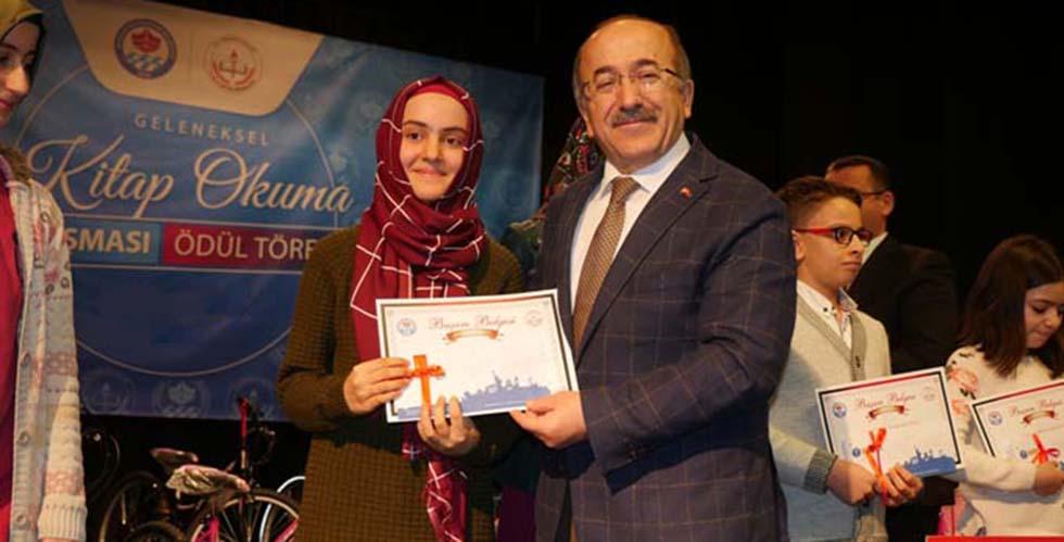 Trabzon'da kitap okuma yarışması