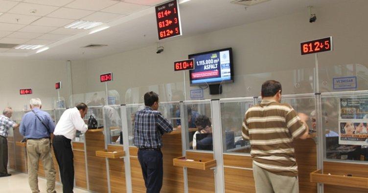 İki kamu bankası şubede bin sınırında