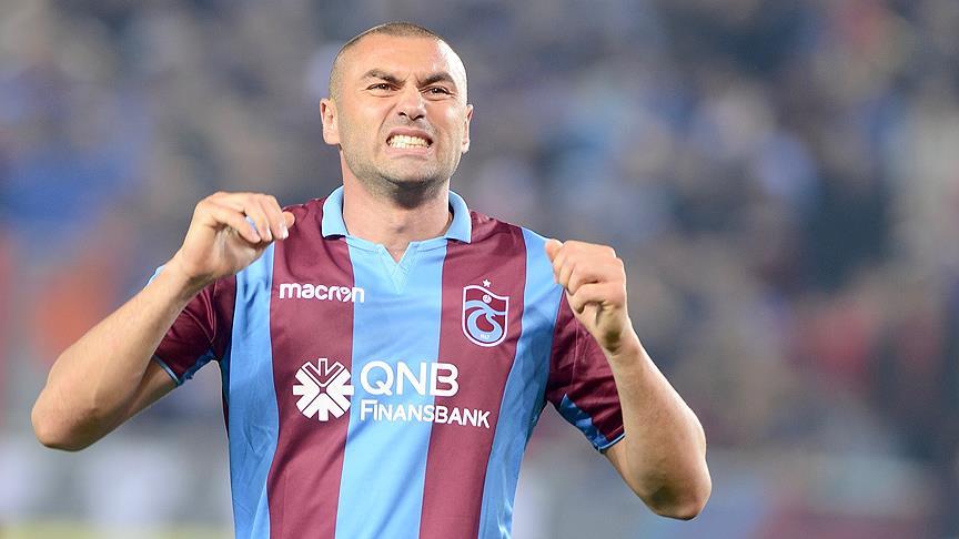 Ağaoğlu: Türk futbol tarihinin en sıkıntılı sözleşmesinden kurtulduk
