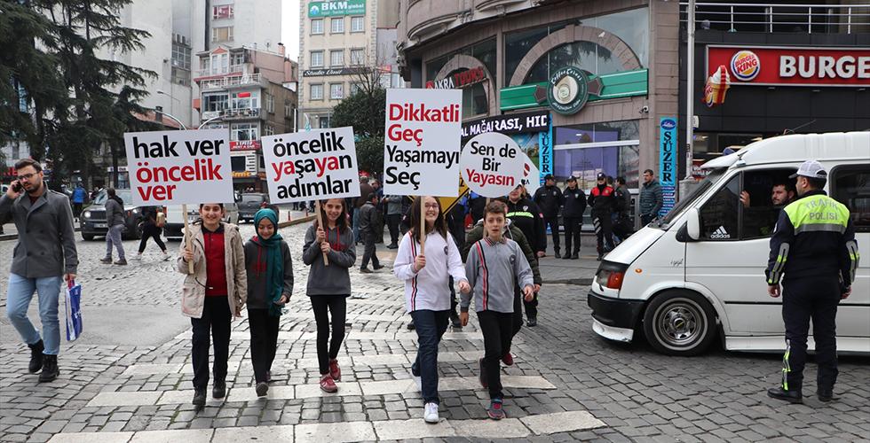 """Trabzon'da """"Öncelik Hayatın, Öncelik Yayanın"""" kampanyası"""