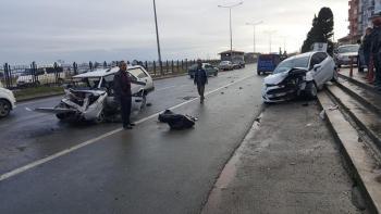"""""""Arsin Yeşilyalı Sahil Yolunda Trafik Kazası"""""""
