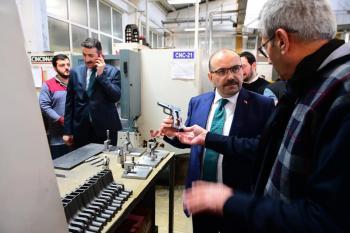 Vali Ustaoğlu, Arsin'de incelemelerde bulundu