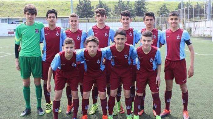 Trabzonspor 16 yaşındaki kaleci ile imzaladı!
