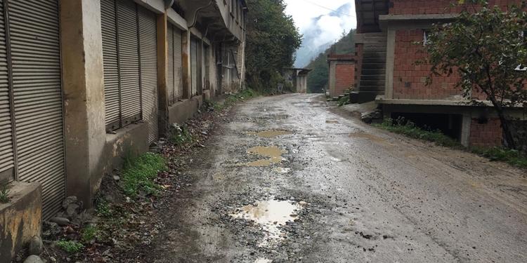 Trabzon'da servis şoförleri kazan kaldırdı!