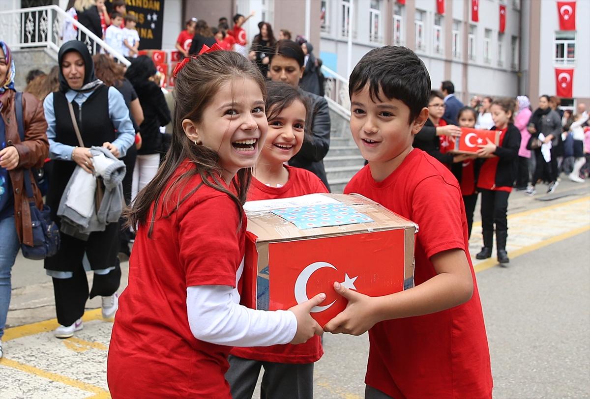 İlkokul öğrencilerinden Mehmetçiğe fındık ve mektup