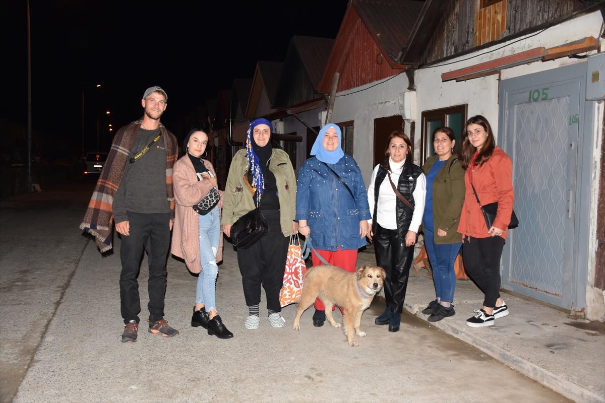 Dünyayı köpeğiyle yürüyerek gezen Amerikalı, Trabzon'a hayran kaldı