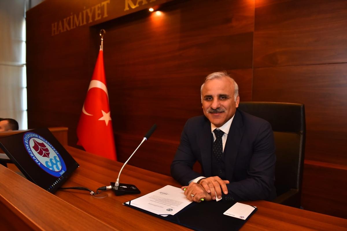 Trabzon Büyükşehir Belediye Meclisinde huzur hakları Mehmetçiğe bağışlandı