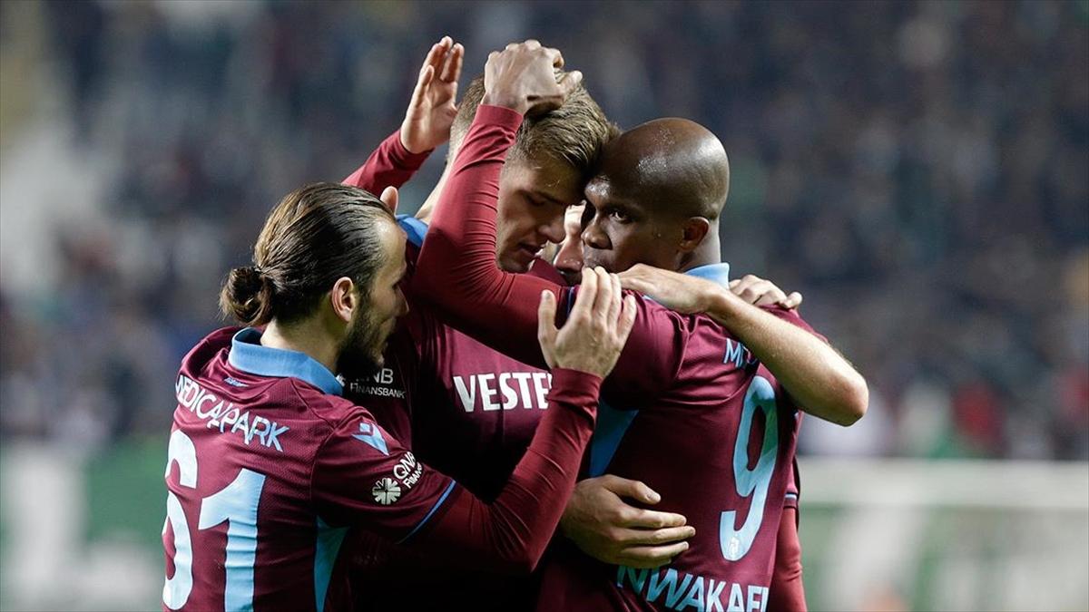 Trabzonspor Konya deplasmanından 3 puanla ayrıldı
