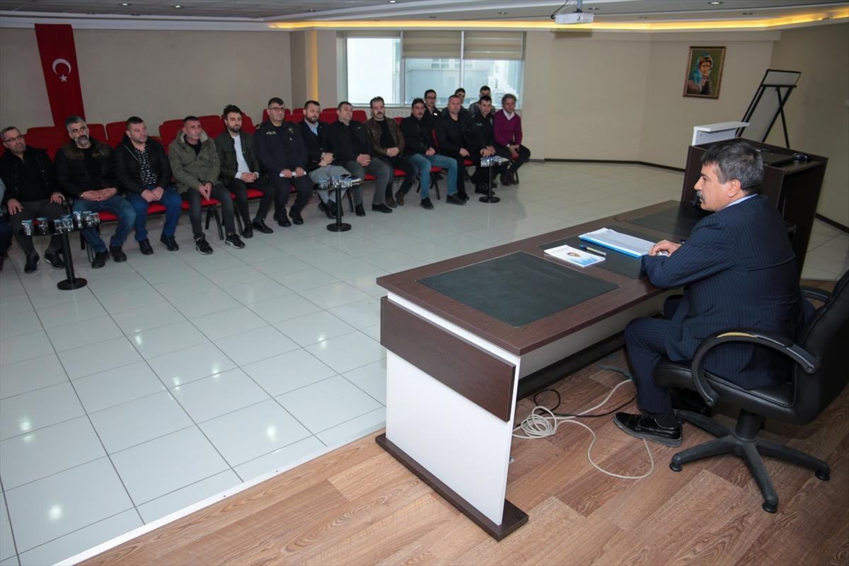 Trabzon Emniyet Müdürü Alper, Trabzonspor taraftar gruplarıyla bir araya geldi