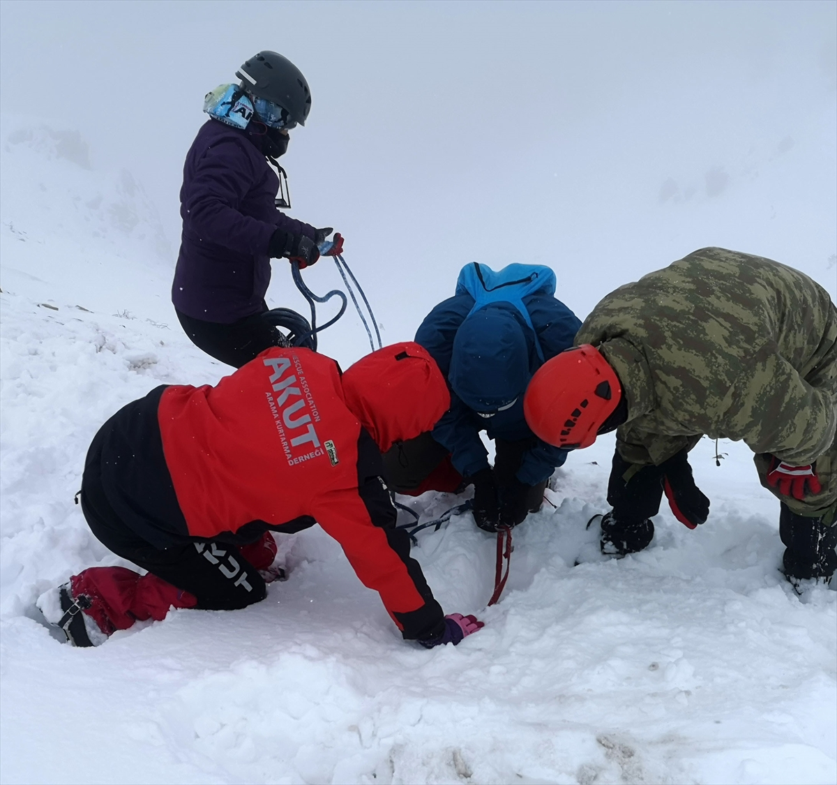 AKUT Trabzon ekibinden Zigana Dağı'nda kış eğitimi