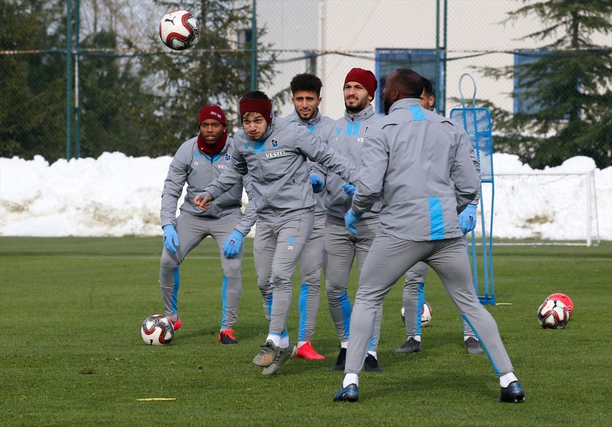 Trabzonspor, kupada Büyükşehir Belediye Erzurumspor ile yapacağı maçın hazırlıklarını sürdürdü