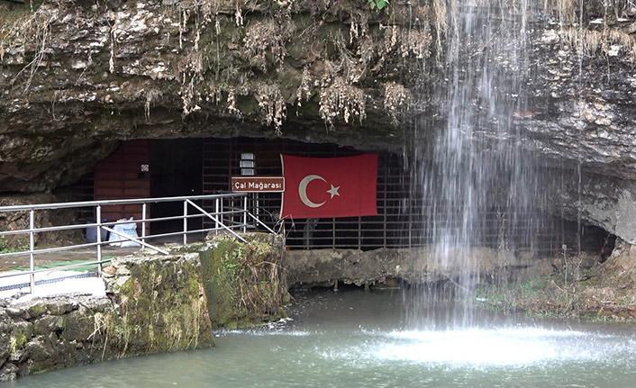 Trabzon'un doğa harikası kışın bile ziyaret ediliyor