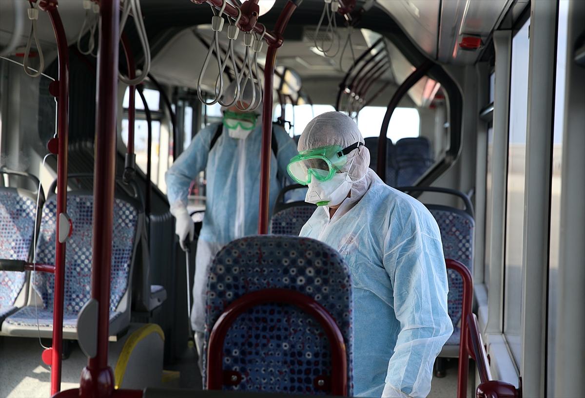 Trabzon'da otobüs ve dolmuşlar koronavirüse karşı dezenfekte ediliyor