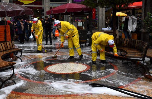 Ortahisar'da cadde ve sokaklar yıkanıyor