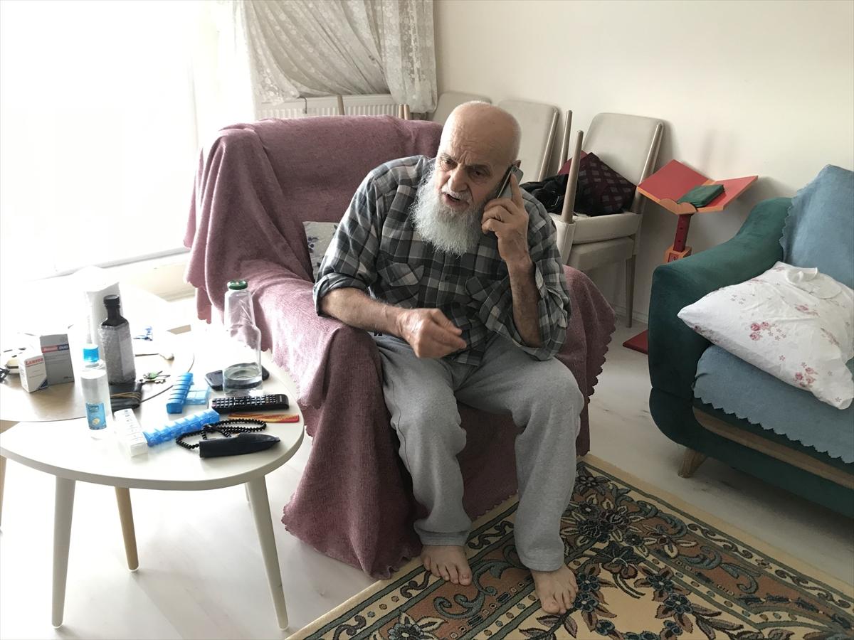 82 yaşındaki emekliden Milli Dayanışma Kampanyası'na destek