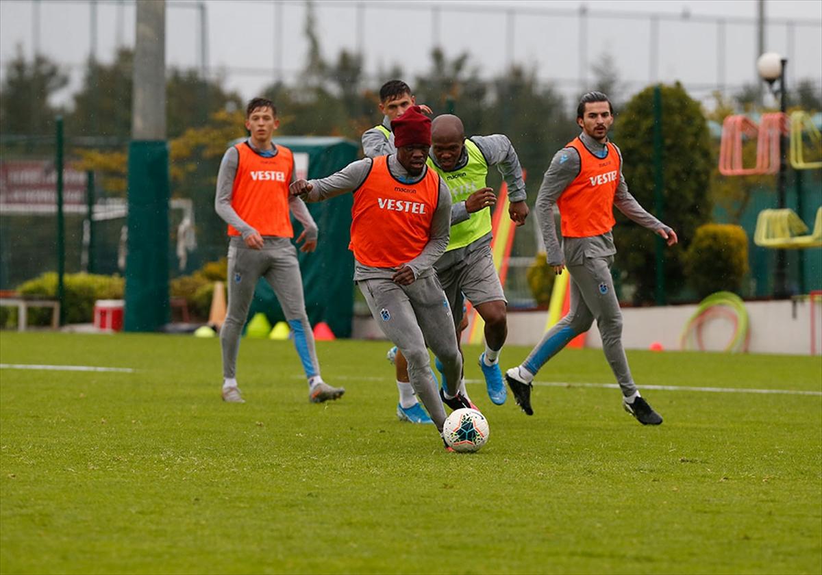 Trabzonspor, çalışmalarını sürdürdü