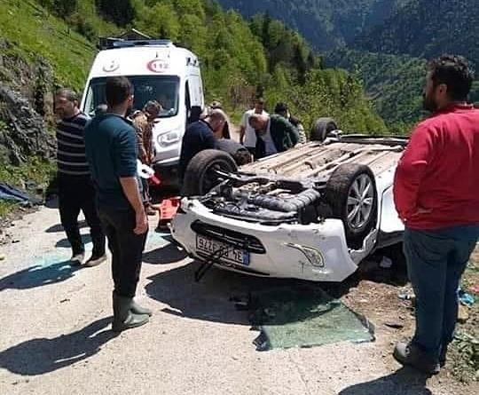 Trabzon'da araç uçuruma yuvarlandı : 1 ölü