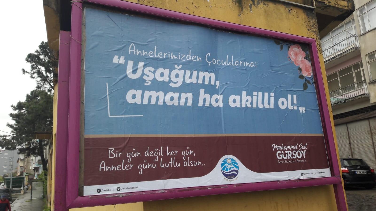 Trabzon'da bilboardlara dikkat çeken Anneler Günü mesajları