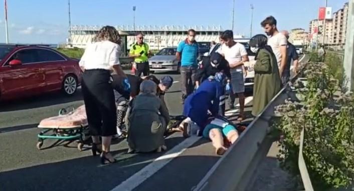Minibüsün çarptığı kadını hayata döndürmek için yoğun çaba harcadılar ama…
