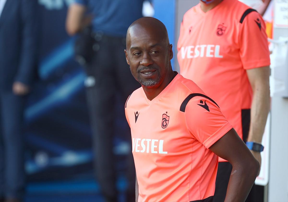 """Trabzonspor Teknik Direktörü Newton: """"Takımımızın gösterdiği performanstan memnunum"""""""