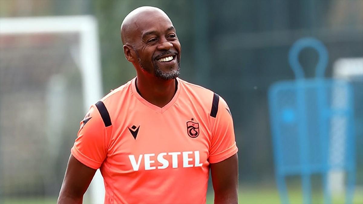Trabzonspor'dan teknik direktör Eddie Newton'a teşekkür