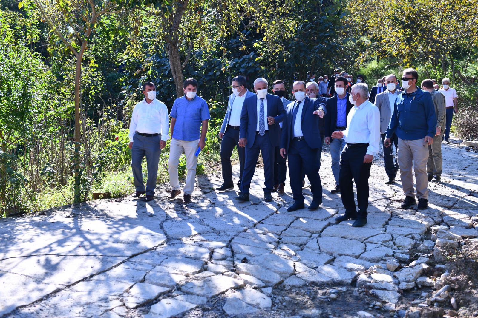 Vali Ustaoğlu ve Başkan Zorluoğlu Arsin'de İncelemelerde Bulundu