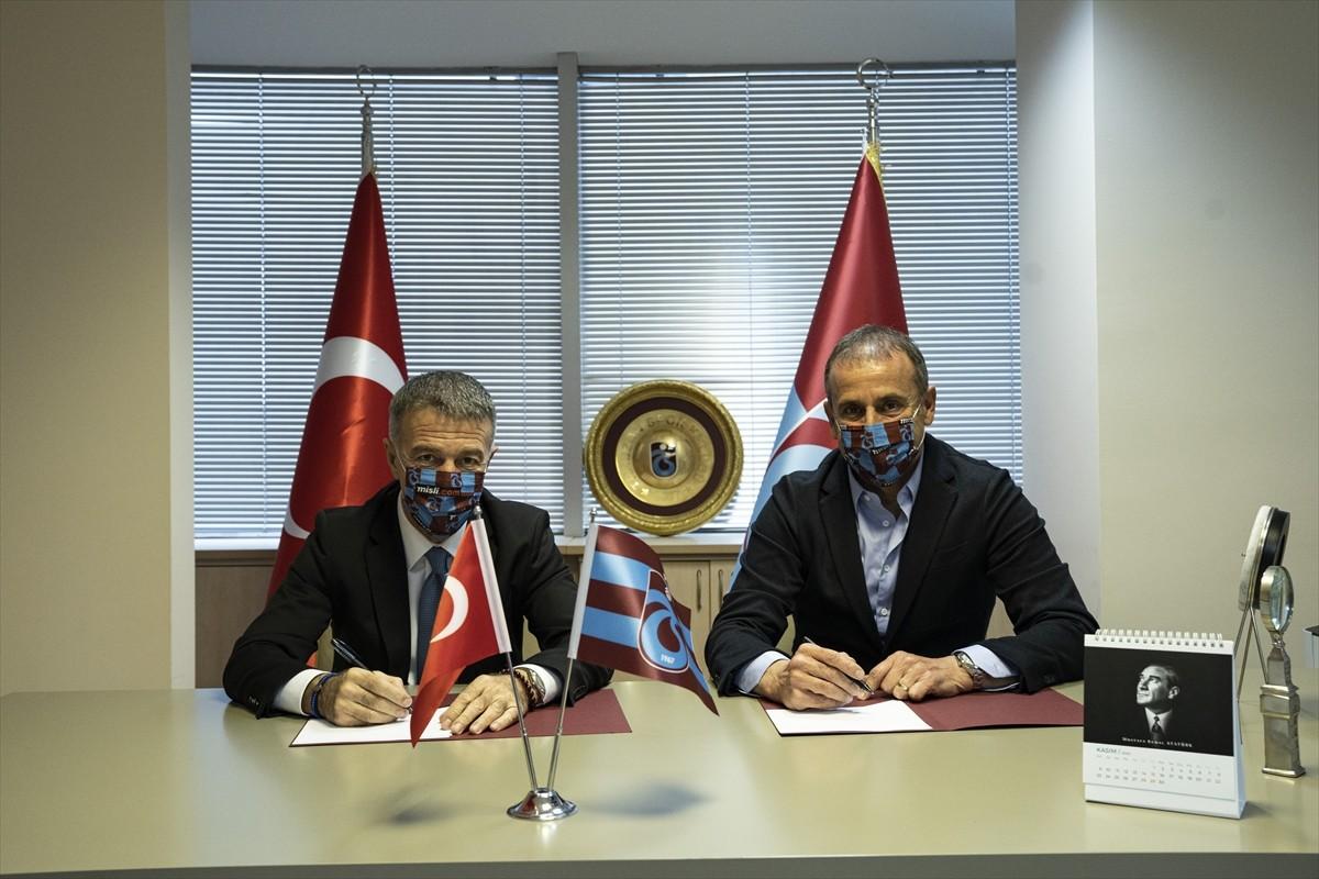 Trabzonspor, teknik direktör Abdullah Avcı ile sözleşme imzaladı