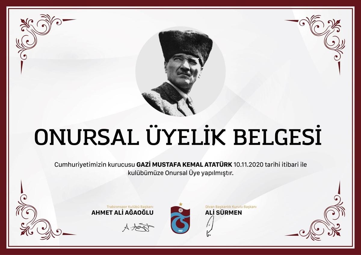 """Büyük Önder Atatürk, Trabzonspor'a """"onursal üye"""" yapıldı"""
