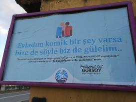 """Arsin Belediyesi'nden billboardlu """"Öğretmenler Günü"""" kutlaması"""