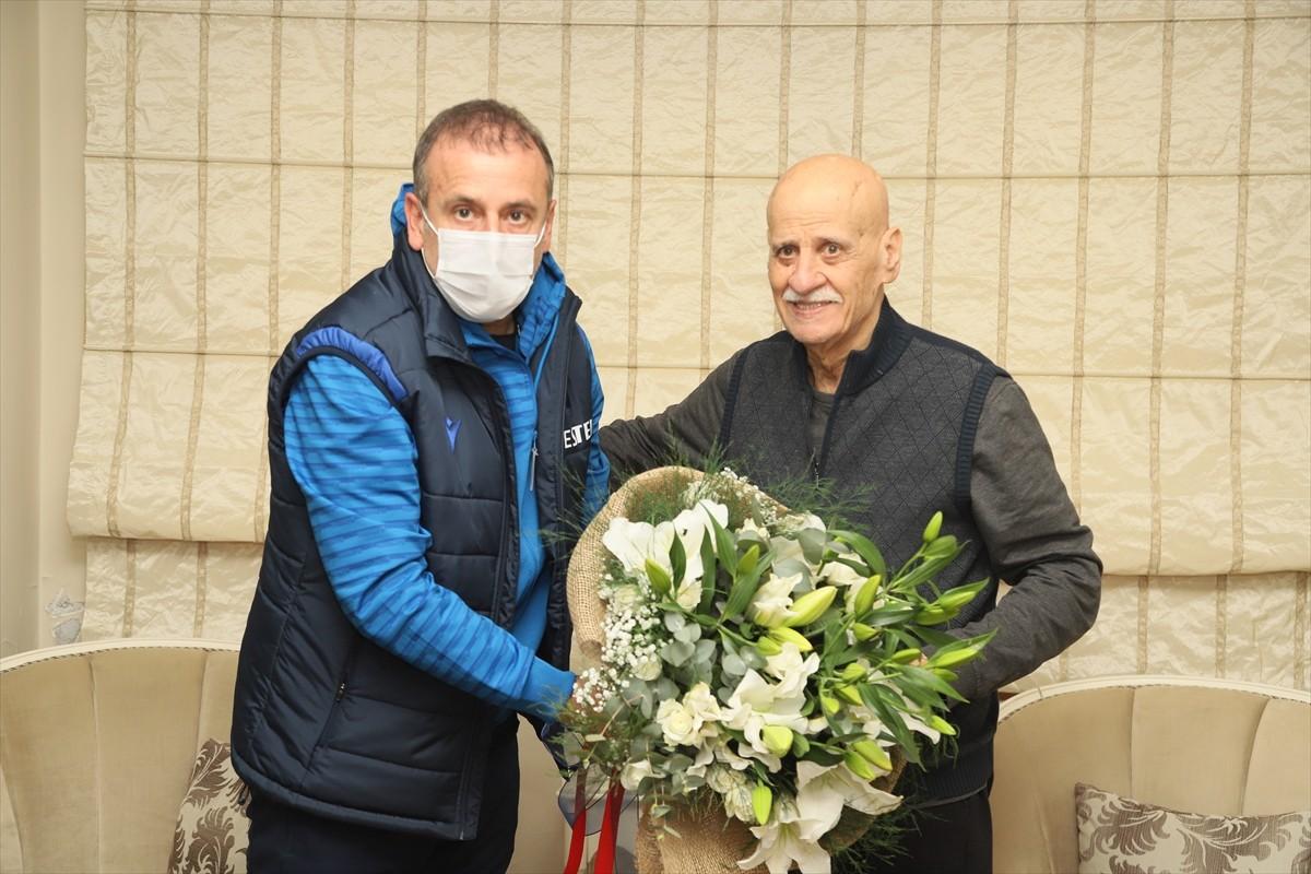 Trabzonspor Teknik Direktörü Abdullah Avcı'dan Ahmet Suat Özyazıcı'ya ziyaret